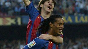 Torcida do Barcelona escolhe Ronaldo, Ronaldinho e mais 3 brasileiros como melhores sul-americanos da história