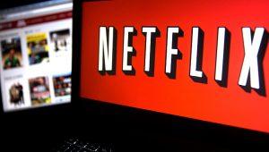 Netflix testa comerciais entre episódios e deleta críticas de usuários