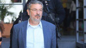 Palocci muda de balcão e negocia acordo de delação com a PF