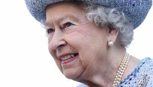 Rainha Elizabeth II pede a Commonwealth que elejam príncipe Charles como novo líder