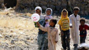 53% da população forçada a se deslocar no mundo é de crianças, diz ACNUR