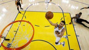 Curry se coloca à disposição dos EUA depois de fracasso no Mundial de Basquete