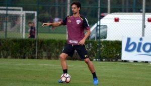 Exames descartam lesões nos ligamentos do pé esquerdo de Rodrigo Caio