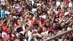 """São Paulo conta com apoio da torcida para encarar """"decisão"""" na Copa do Brasil"""