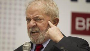 Lula pode ficar preso em sala especial reservada a advogados