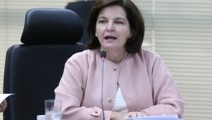 Raquel Dodge dispara contra Gilmar Mendes: 'revisor universal de todas as prisões'