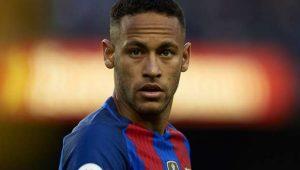 Neymar aceitou proposta do Barcelona sem hesitar, diz jornal catalão