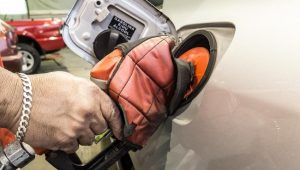 Preço médio da gasolina nas refinarias será mantido em R$ 1,9611 nesta quinta