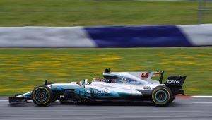 Reprodução / Twitter / Mercedes-AMG