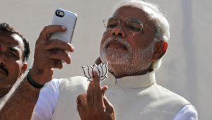 Boca de urna indica reeleição de Narendra Modi na Índia