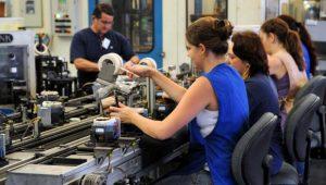Índice de produção da indústria cresce e chega a 53 pontos