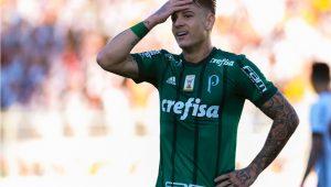 Em menos de 6 meses, Róger Guedes alcançou número de gols que fez pelo Palmeiras em quase 2 anos