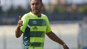 Alan Ruschel, sobrevivente do acidente da Chape, deixa o clube e acerta com o Goiás