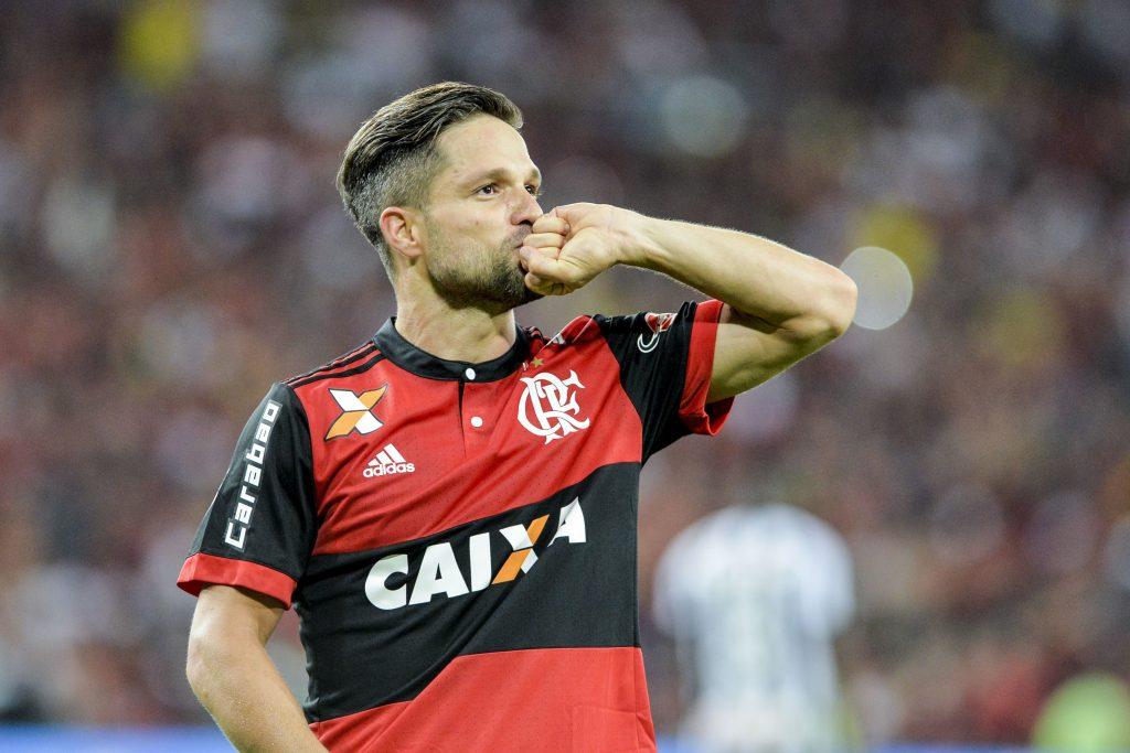 Diego marcou o gol que colocou o Flamengo na decisão da Copa do Brasil c554bdf0f3d43