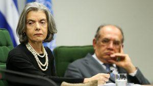 Encaminhamento de habeas corpus de Lula provoca debate entre Cármen e Gilmar