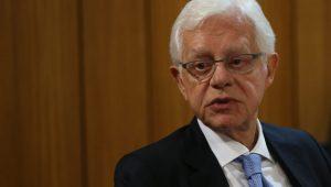 """Moreira Franco admite """"erro"""" quando era governador e diz que intervenção não tem viés eleitoral"""