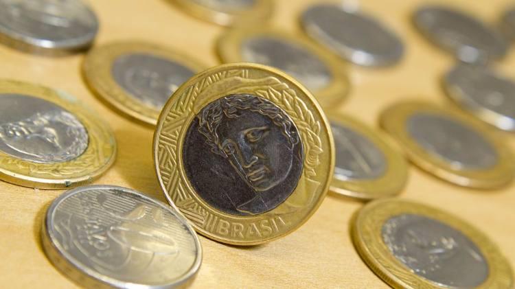 Mercado financeiro projeta inflação e PIB menores