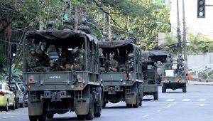 Forças armadas fazem operação em rodovias do Rio