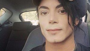 Jovem é comparado a Michael Jackson na internet