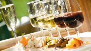 Dieta que permite vinho e champagne? Sim, ela existe!