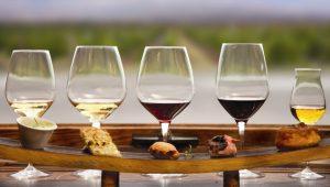 Champagne ou vinho tinto? Descubra qual é o melhor pra saúde
