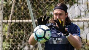 Cássio critica empresário de Pedrinho: 'Deveria dar o suporte que o atleta precisa'