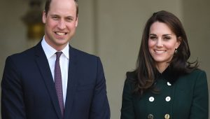 Idosa fica ferida ao ser atropelada por escolta de William e Kate