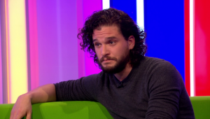 Kit Harington em programa de TV