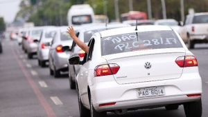 Motoristas são contra o PLC 28/2017 que regulamenta os servidos de apps de transportes