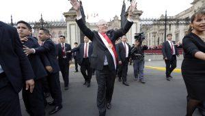 Congresso peruano aceita renúncia do presidente Pedro Pablo Kuczynski