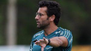 Após 3 jogos, Alberto Valentim é demitido por desentendimento com dono de time egípcio
