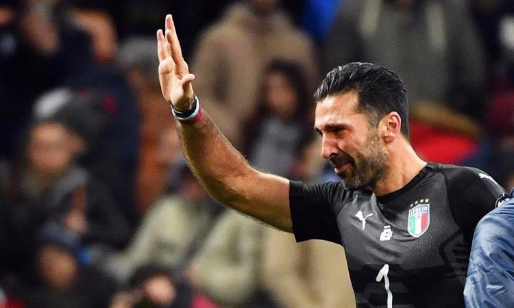 Buffon anuncia saída da Juventus após 17 anos na equipe: