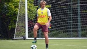 Jogadores se unem em campanha contra abuso sexual no futebol