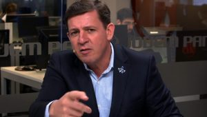 Prefeito de São Bernardo repudia 'atitude irresponsável' da Ford de fechar fábrica na cidade