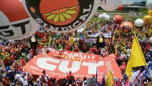 Sindicatos estão desesperados e querem dinheiro