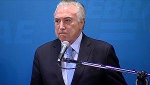 Brasil é um imenso bananal com uma elite política traidora da pátria