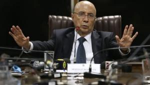 "Meirelles admite ""contemplar"" candidatura à Presidência"