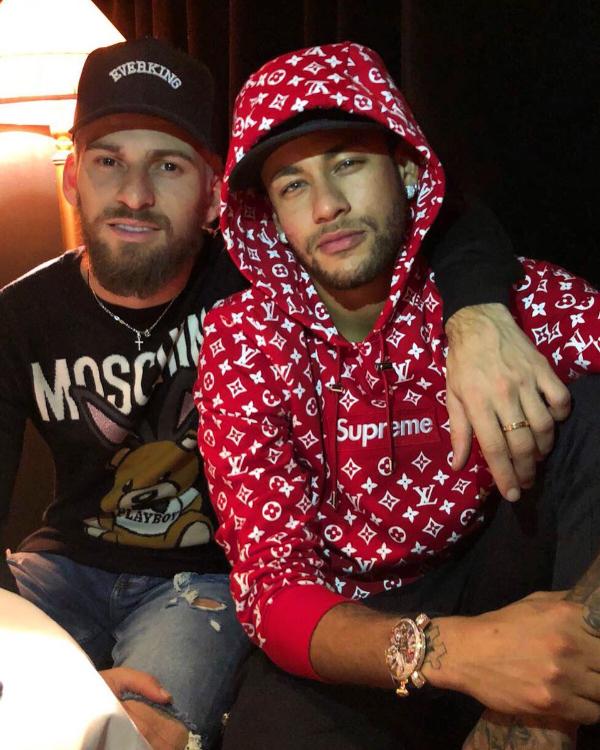 Com Coração Verde, Neymar Deseja Sucesso A Lucas Lima No