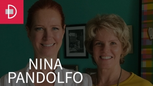 Zize Zink e Graça Salles visitam a pintora Nina Pandolfo