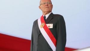 Kuczynski ameaça retirar renuncia e enfrentar processo de impeachment no Peru