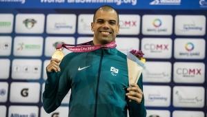 André Brasil promete lutar até o fim para voltar a ser atleta paralímpico