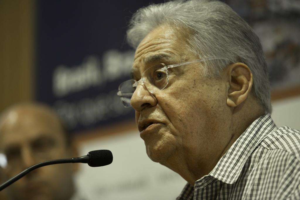 """""""Lula se matou politicamente"""", diz FHC"""