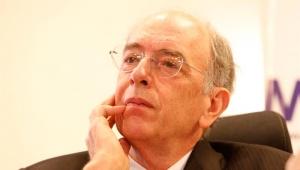 A solução para reduzir preço combustível é reduzir impostos, diz Adriano Pires