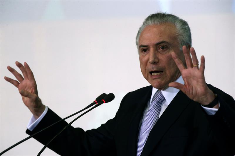 Temer se reúne com Meirelles, Moreira e relator da reforma da Previdência