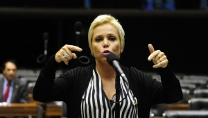 """PF diz que ex-ministro do Trabalho era """"fantoche dos caciques do PTB"""""""