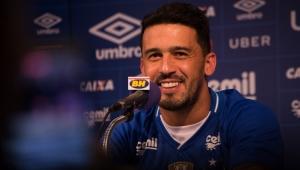 Ex-Corinthians, lateral do Cruzeiro completa 4 anos seguidos com grandes títulos