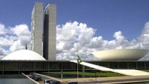 PSL entra com ação no STF e pode ficar com a maior bancada da Câmara