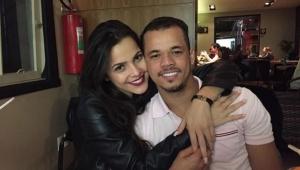 Jota Amâncio para de seguir e deleta fotos com Emilly Araújo de rede social