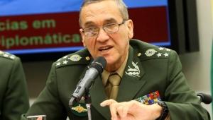 """General do Exército diz estar """"muito preocupado"""" com desafios da intervenção no RJ"""