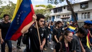 Pesquisa aponta que 64% dos venezuelanos perderam 11 quilos por falta de comida